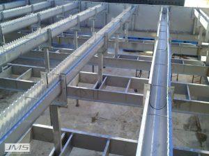Stainless Steel vs Fiberglass Troughs 02